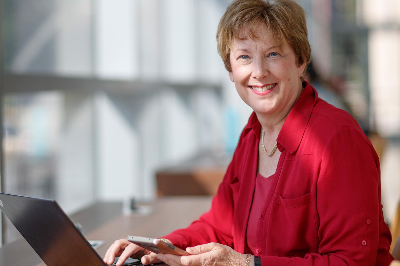 Adobe Sales Executive Thrives in MBA@Nebraska