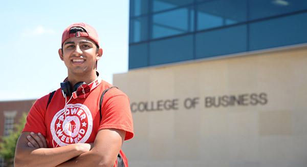"Fernando Embodies ""Big Red"" Spirit in Business and Journalism"
