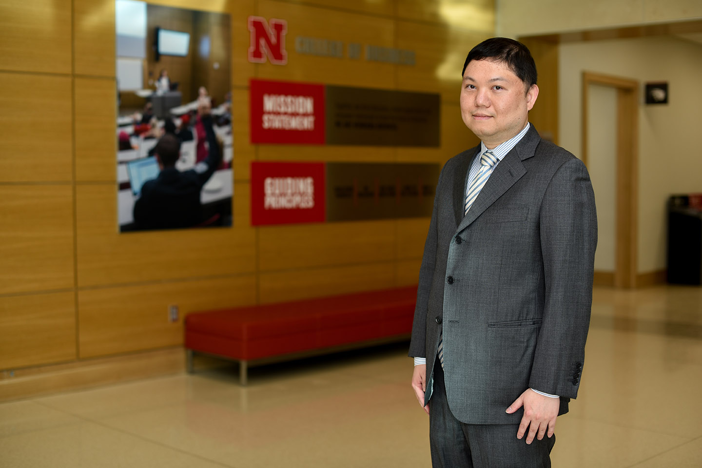 Zhu Research Examines Monetary Supply Chain