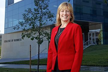 Nebraska Elevates Farrell to Lead College of Business
